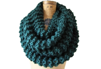 super-chunky-knit-cowl