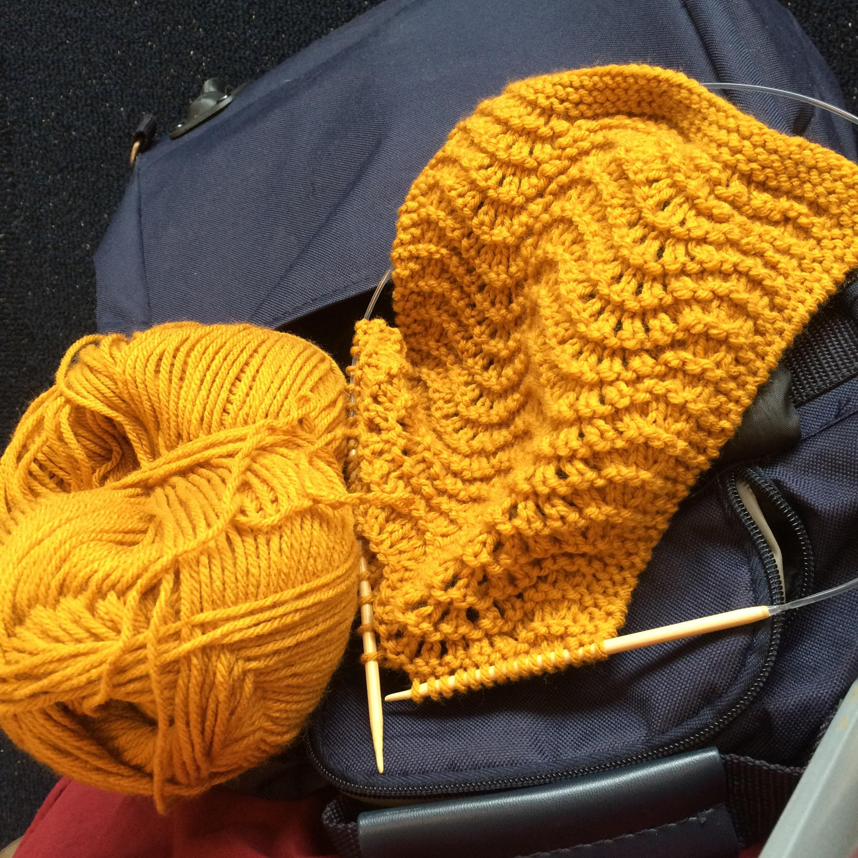 Guest Post Feather Fan Scarflette Alaska Knit Nat