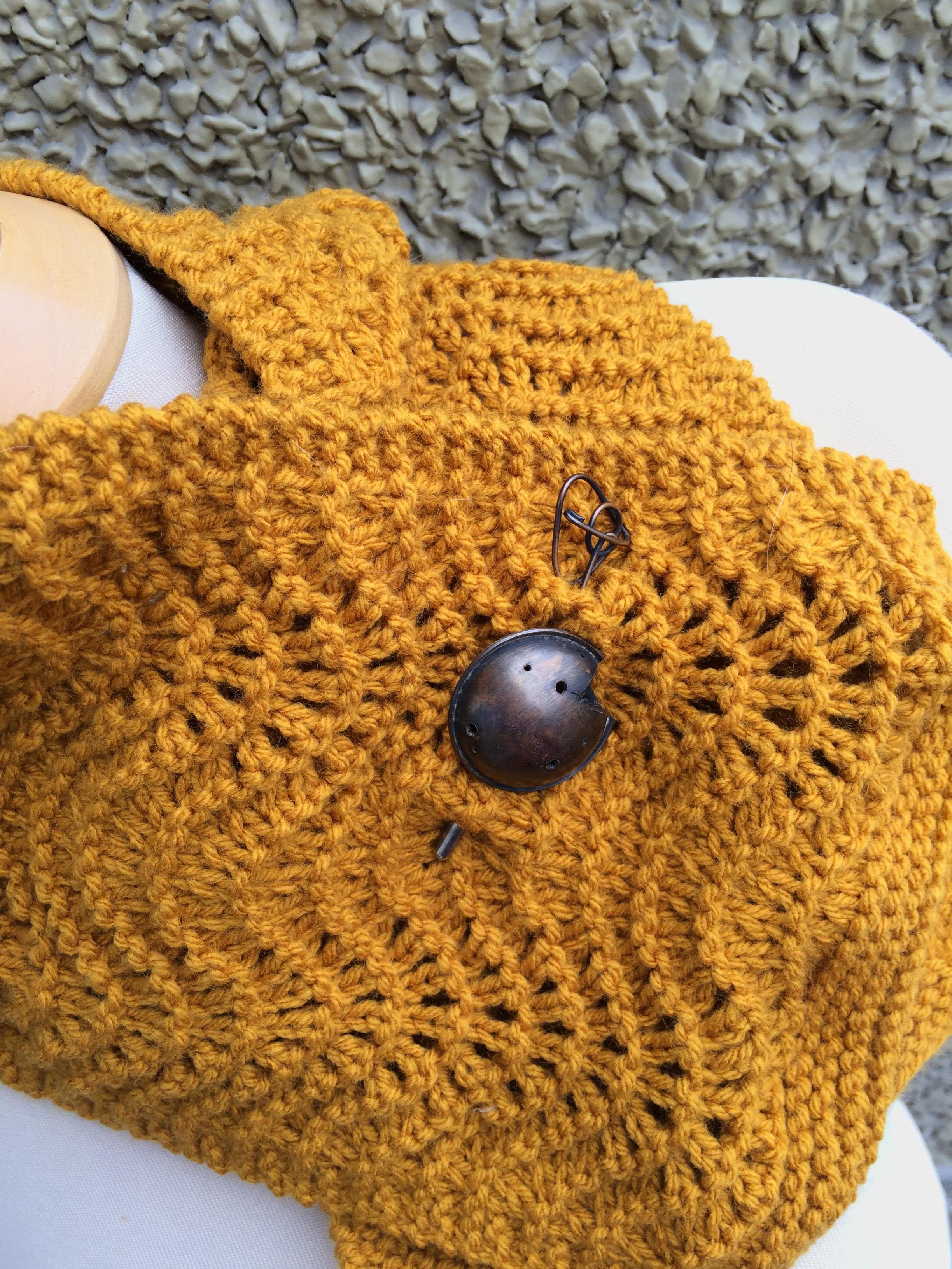 Guest post: Feather & Fan Scarflette | Alaska Knit Nat